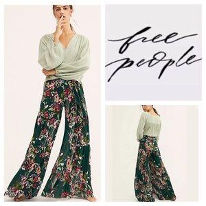 🆕Free People FP One Aloha Printed Wide Leg. NWOT.